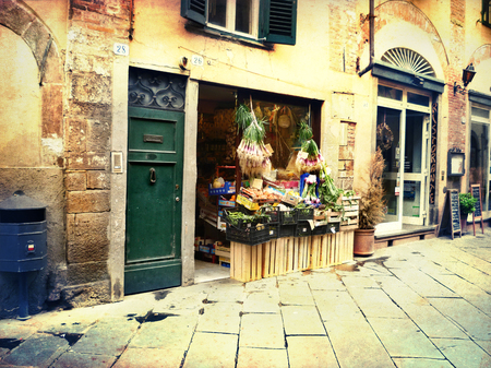 mediterranean culture: Idyllic iatlian lane with little shop.