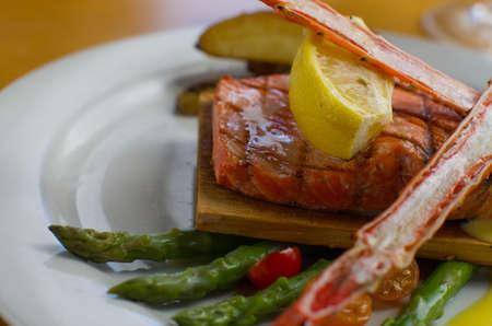 salmon falls: Alaskan king salmon with king crab