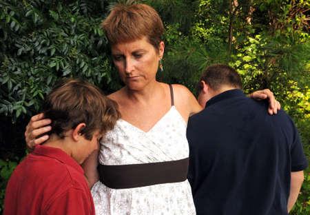Cier: Grieving rodziny