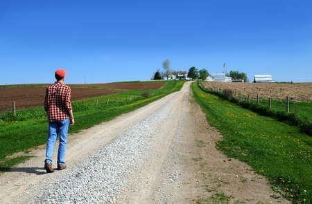 joven agricultor: J�venes agricultores encabezados por casa