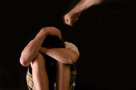 hiebe: Kindesmissbrauch