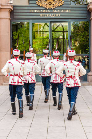 Sofia, Bulgaria - June 17, 2013: Guards changing. National Guards Unit is purely ceremonial, as the security of the President of Bulgaria, members of the government and parliament Редакционное