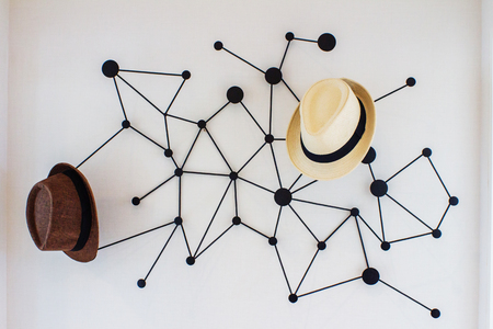 Modern desgin hat hanger on wall decoration