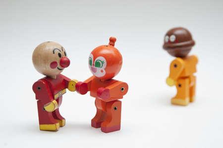juguetes de madera: Muñecas de madera en el amor