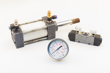 metal parts: Air cylinder and Pneumatic Valve