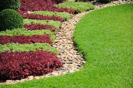 Aangelegde Yard and Garden Een mooie aangelegde tuin en de tuin Stockfoto