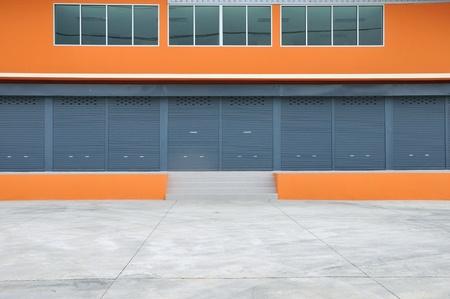 Buitenkant van nieuwe moderne pakhuis