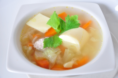 Chinese soups with lot of vegetables, healthy-meal and yummy Standard-Bild
