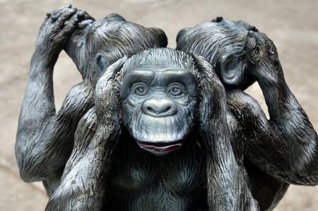 三猿や 3 つの神秘的な猿神聖な古代アイコン 写真素材