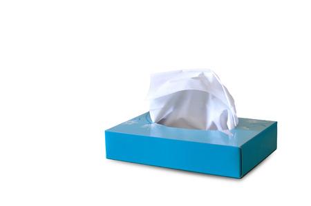 흰색 배경에 파란색 종이 티슈 상자.