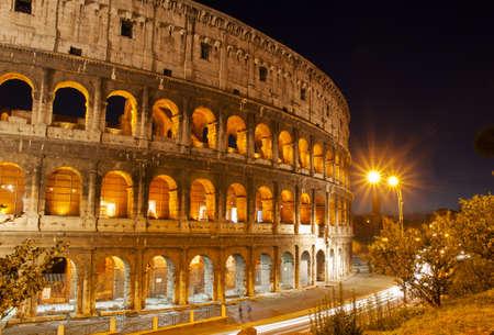 Night view of Colosseum in Rome, Italy  Фото со стока