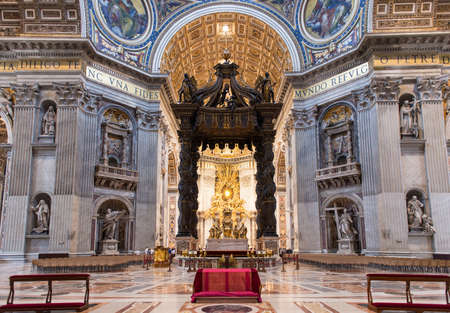 st  peter s  basilica: Interior of the St  Peter s Basilica in Rome, Italy
