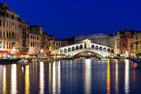 rialto bridge: Night view of Rialto bridge and Grand Canal in Venice. Italy