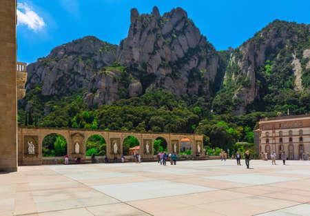 catolic: Benedictine abbey Santa Maria de Montserrat, which hosts the Virgin of Montserrat sanctuary near Barcelona. Spain
