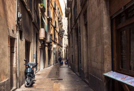 gotico: Viejas calles del barrio gótico de Barcelona, ??España