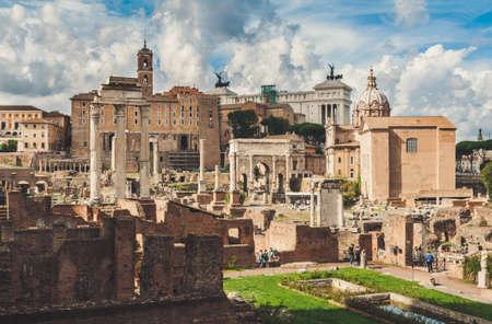 romana: Foro Romano en Roma, Italia Foto de archivo