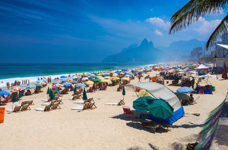 Ipanema and Leblon beach and mountain Dois Irmao (Two Brother) in Rio de Janeiro, Brazil 版權商用圖片