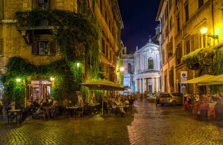 View of old cozy street in Rome, Italy Foto de archivo