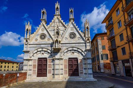 Chiesa di Santa Maria della Spina church in Pisa. Tuscany, Italy. Lungarno of Pisa. Stock Photo
