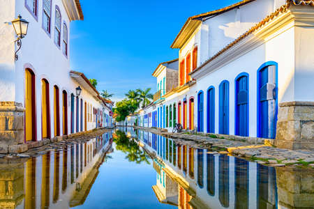 Street of historical center in Paraty, Rio de Janeiro, Brazil. Paraty is a preserved Portuguese colonial and Brazilian Imperial municipality Stok Fotoğraf