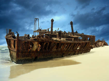 ship wreck: shipwreck of the meheno on Fraser Island