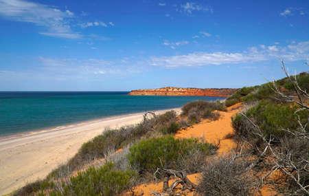 Parco nazionale di Cape Peron nell'Australia occidentale. Il capo è noto per le sue spiagge protette, le scogliere calcaree, le barriere coralline e le viste panoramiche.