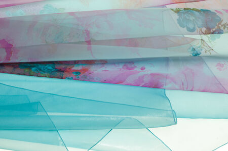 abstrakte muster: Blau transparentem Stoff. Textur. Fotografiert im Studio