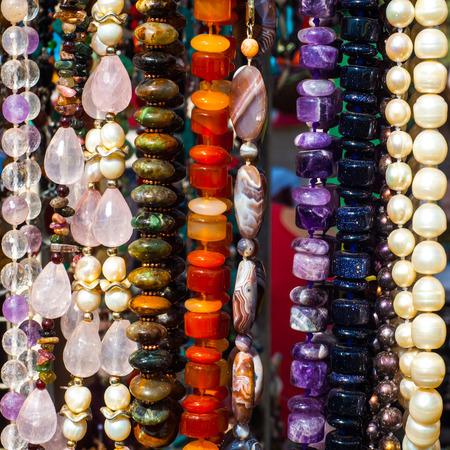 chaplet: bead, chaplet, beading.