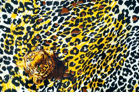 tela algodon: Texture, background. textiles. cotton cloth. bedding, leopard