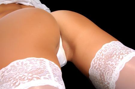 modelos desnudas: Botín tomada en un estudio, la luz lateral, luz de relleno
