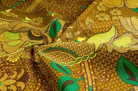 テクスチャ、色パターン、茶色緑花柄の生地です。花の画像ファッションの最前線、ここではオートクチュール レベルである御門のデジタル印刷。
