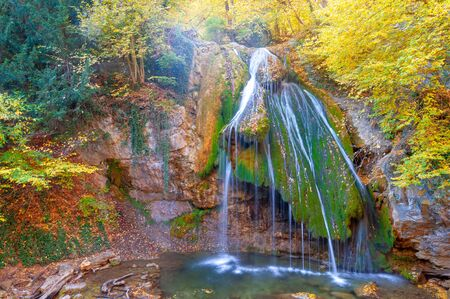 """Photos of the Crimean peninsula in autumn Jur-Jur Waterfall is a landmark in the vicinity of Alushta, the Ulu-Uzen River at an altitude of 468 meters above sea level. Translated its name as """"babbling"""" Imagens"""