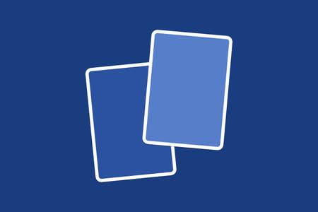 azul marino: Cierre de vista frontal de las tarjetas en blanco ilustrativos azul con copia espacio, en el fondo de color azul marino.