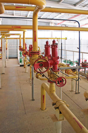 input output: Emergency valve, compressor section. Input, output gas pipe.