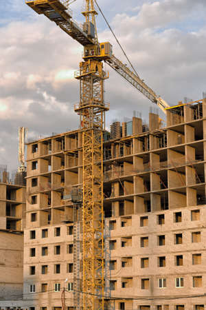 Construction of new homes in the city of Lipetsk.