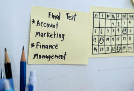 post it notes: Post it notes for the test