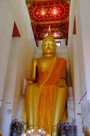 ism: Luang Por Tor at Wat Pa Lelai Worawihan (Pa Lelai Worawihan Temple) - Suphanburi - Thailand