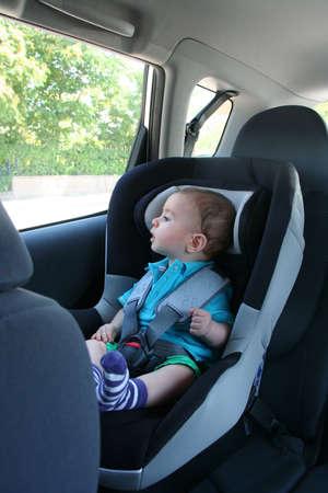 baby in car safety Standard-Bild