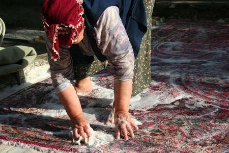 washing the carpet