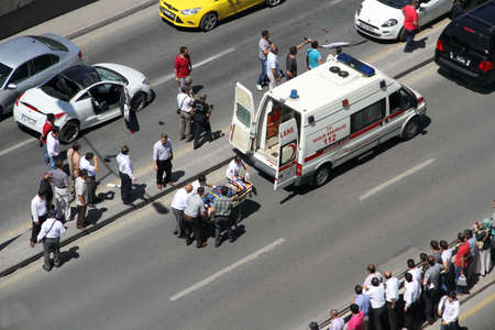 first aid at traffic accident occurred in Ankara, Turkey at 24th June 2013 Редакционное