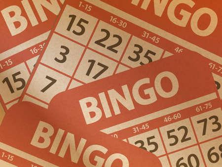 bingo: Bingo tarjetas impresas en el fondo de papel de Brown