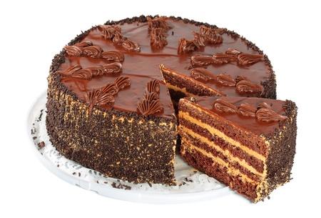 pastel de chocolate: pastel de chocolate, aislado en un fondo blanco Foto de archivo