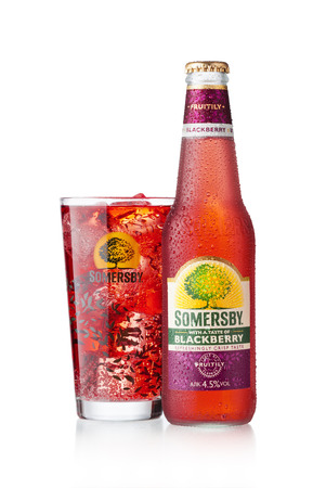 carlsberg: Somersby Cider Blackberry and glass
