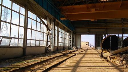 Antiguo edificio de la fábrica, Lámpara vieja Foto de archivo