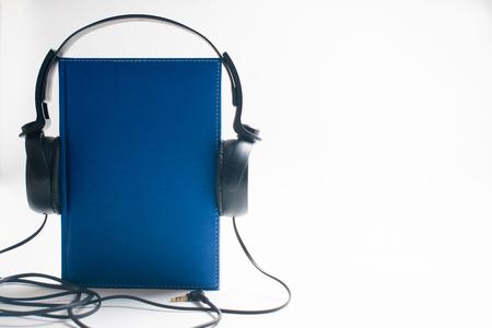 Audio Book Concept Zdjęcie Seryjne - 122460725