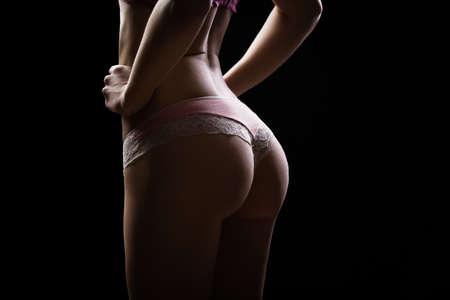 Sexy Frau in Unterwäsche aus Baumwolle mit perfekter curves.Woman mit perfekte Form des schönen Oberschenkel und bottom.Plastic Chirurgie, gesunde Ernährung, Fett zu verlieren, Fettabsaugung und Cellulite-Entfernung Konzept Standard-Bild - 52621819