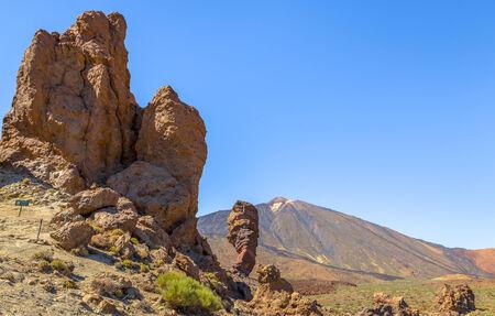 garcia: Teide volcano with the Roques de Garcia rock formation