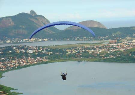 parapente: Paragliding in Niteroi, Rio de Janeiro, Brazilië