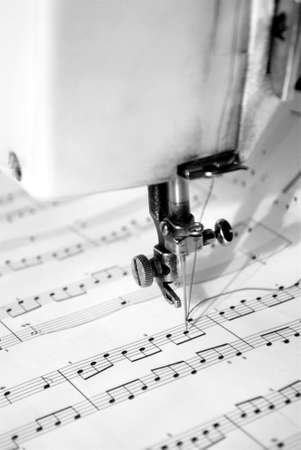 semibreve: Composing music mechanically with a sewing machine Stock Photo