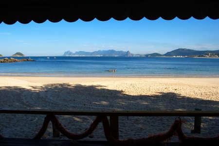 Green sea beach restaurant view in Niteroi, Rio de Janeiro, Brazil Stock Photo - 7430694